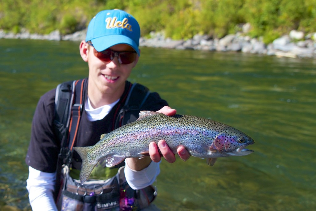 Alaska Rainbow - Tungsten Embryo Fly Pattern